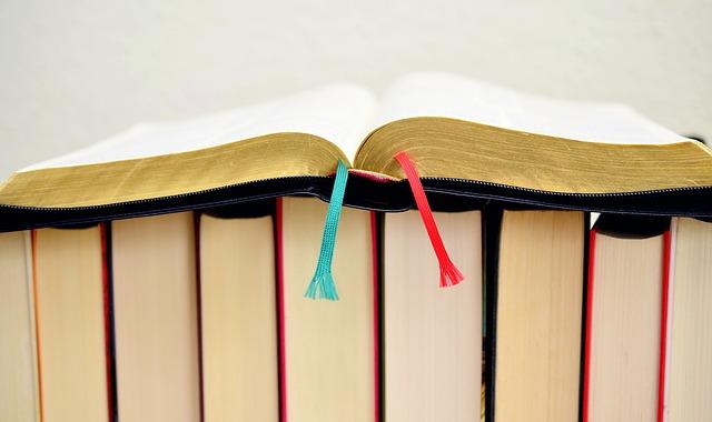 book-610334_640