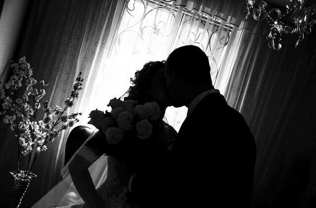 wedding-433650_640