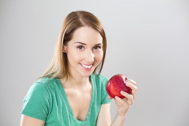 apple-841169_640