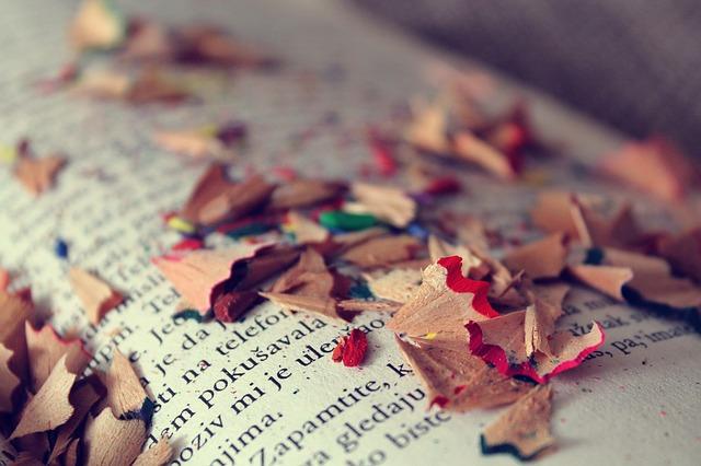 books-925891_640
