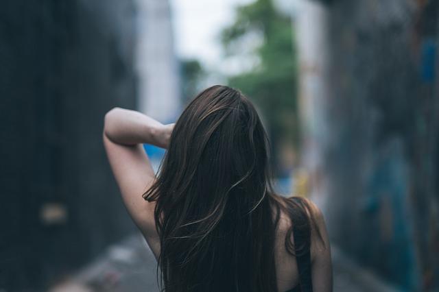 hair-863698_640