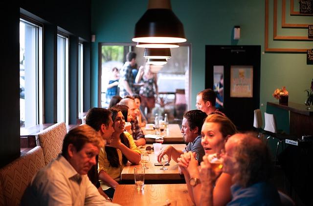 restaurant-690975_640