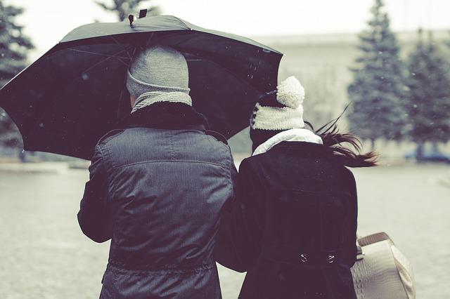 umbrella-1031328_640