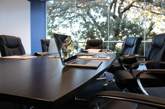 office-1516329_640