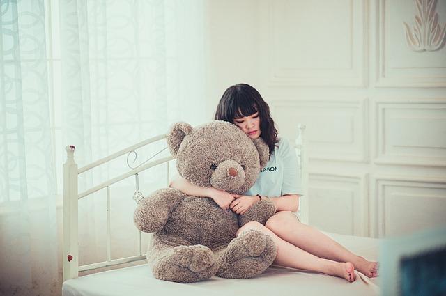 girl-1733341_640